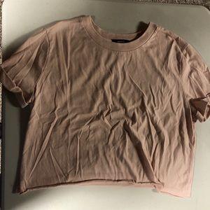 💎 Pink Cropped Shirt